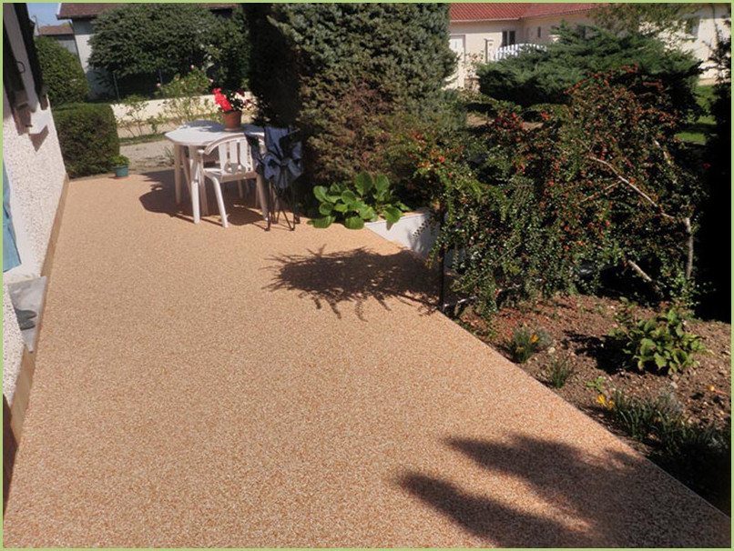 Small terrace in the shade of the trees on a nice marble carpet like RESIMARMO